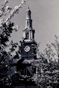 Memorial hall, built in memory of 2,756 kentuckians who died in world war i.  (nollau f series photographic print collection-box5b/folder141/item2)
